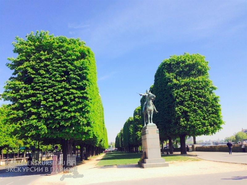 Авто экскурсии в Париже